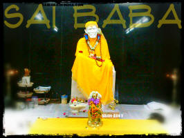 sai-baba-yellow-clothes