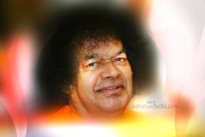 sri-sathya-sai-baba-smiling