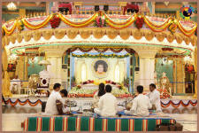 Rathotsavam Festival and Seetharama Kalyanam Morning at Prasanthi Nilayam - 18 Nov 2014