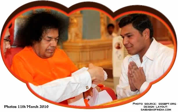SRI SRI SATHYA SAI BABA ACCEPTING BUNCH OF LETTERS FROM HIS STUDENTS 11 MARCH 2010