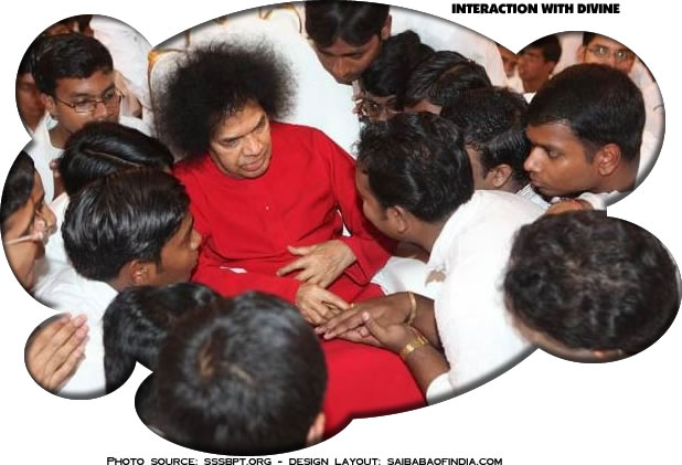 SAI BABA WITH STUDENTS UGADI 2010