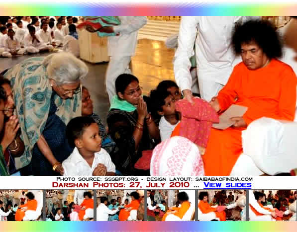 s Bhagawan sat on, it appeared that His attention was 'riveted' on a special group of men and women in 'green scarves'. This fortunate lot was from Orissa, belonging to the 'Orissa Flood Rehabilitation Housing Project' sponsored by Sri Sathya Sai Central Trust.