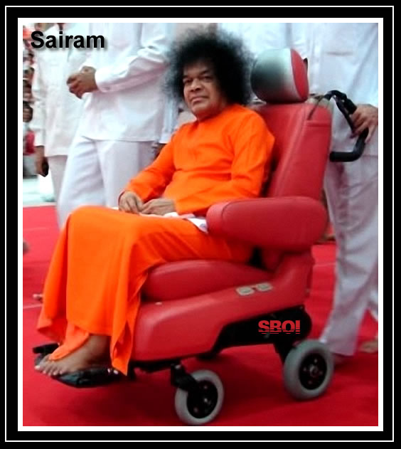sai-baba-darshan-red-mobile-chair