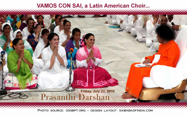 The programme for the evening was entitled VAMOS CON SAI, a Latin American Choir with twelve participating countries, that included Argentina, Brazil, Mexico, El Salvador, Columbia, Equador, Haiti, Uruguay etc. Starting with three Omkars followed by Ganesh Prarthana, the Choristers soon switched over to Latin American tongue singing an array of songs in various 'regional' languages.