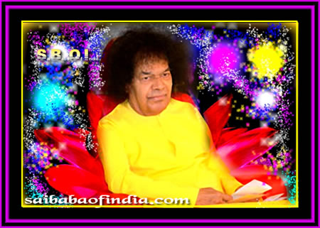 sai-baba-in-yellow-robe-beautifu
