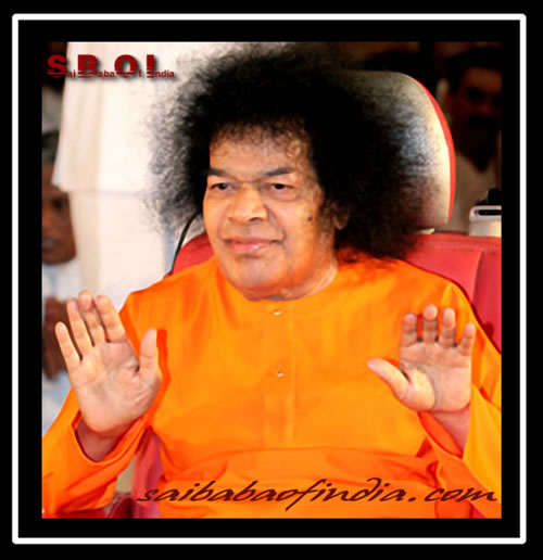 Sathya-Sai-Baba-double-blessings