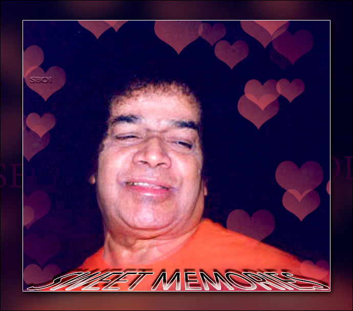 SWEET-MEMORIES-SATHYA-SAI-BABA-LOOKING - SWEET-MEMORIES-SATHYA-SAI-BABA-LOOKING