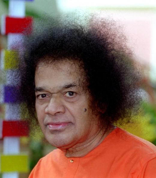 ¿Quién es Sathya Sai Baba avatar de Guru-Bhagavan swami enseñanzas servicio