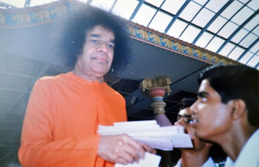 �I promised Swami that I would �read� two chapters and not �study� two chapters. That I can accomplish in fifteen minutes!�
