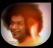smiling-god-sri-sathya-sai-baba