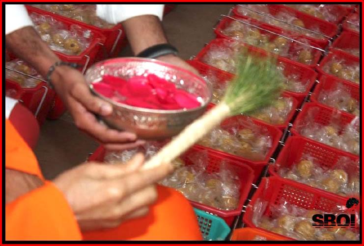 akanda-bhajans-9thnov-2008-18.jpg