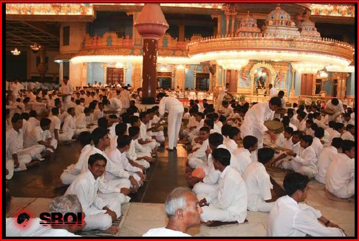 akanda-bhajans-9thnov-2008-38.jpg