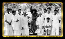sathya-sai-baba-rare-photo-black-white-old-blessings