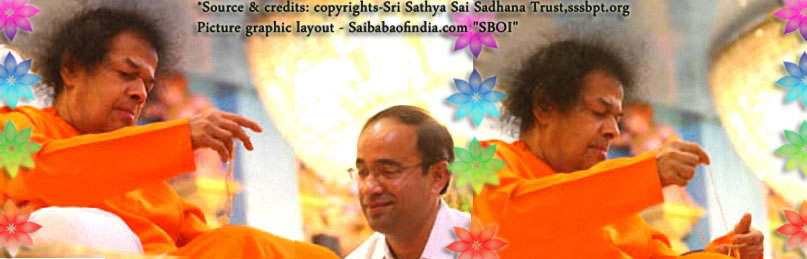 Bhagawan blessed the 'student' with a materialised golden chain.