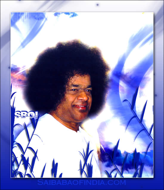 SRI SATHYA SAI BABA WHITE ROBE SMILING