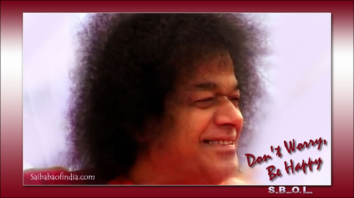 sathyasai-swami-a-hearty-laugh