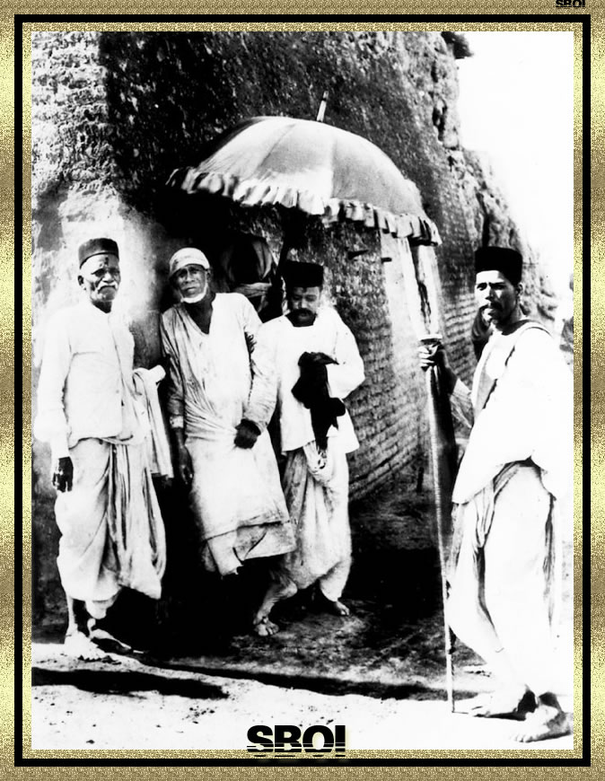 Shri. Shirdi sai baba samadhi mandir live darshan. Live online.
