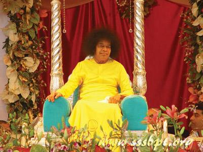23rd November 2005 Sai Baba Of India 80th Birthday