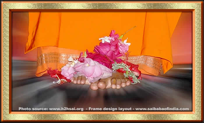 lotus-feet-sri-sathya-sai-baba