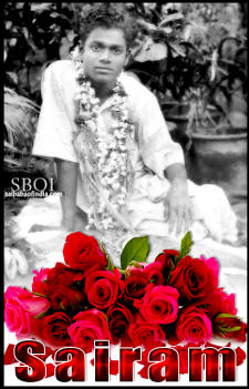 sai-baba-young-sairam-red-roses